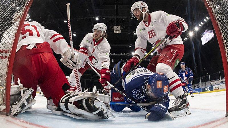 Hockey sur glace: Lausanne s'élimine tout seul en quarts de finale