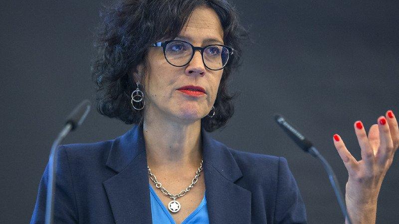 Christelle Luisier a promis de refaire le point en septembre au sujet du rééquilibrage de la facture sociale entre le canton et les communes (archives).