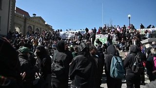 Lausanne: 800 manifestants contre la répression policière et judiciaire et en soutien à la ZAD
