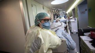 Coronavirus: pourquoi les patients hospitalisés sont de plus en plus jeunes en Suisse romande