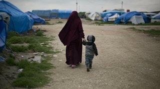 Syrie: la Suisse, critiquée, refuse toujours de rapatrier les enfants du djihad