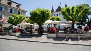 Nyon: les terrasses réinvestissent la place du Château