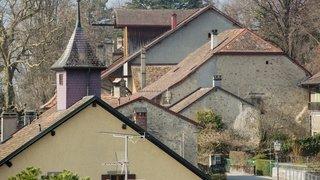 Essertines-sur-Rolle: l'ancien collège de Bugnaux transformé en logements