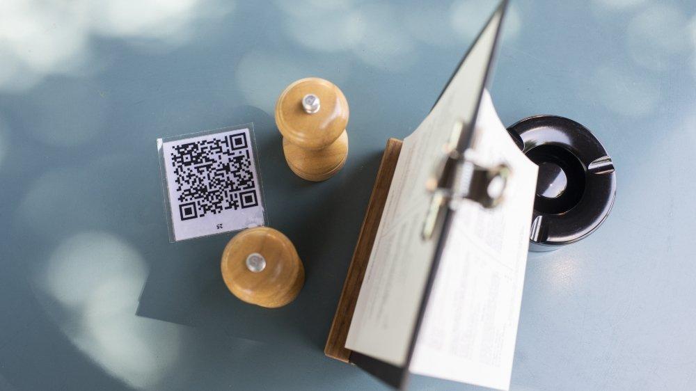 Selon certains spécialistes, les autorités cantonales auraient pu prendre des mesures pour éviter un accès trop large aux données des utilisateurs.