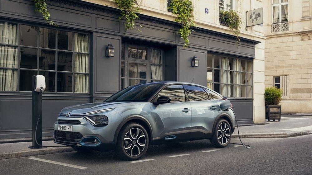 S'agissant de la nouvelle berline C4, Citroën a opté pour une déclinaison 100% électrique.