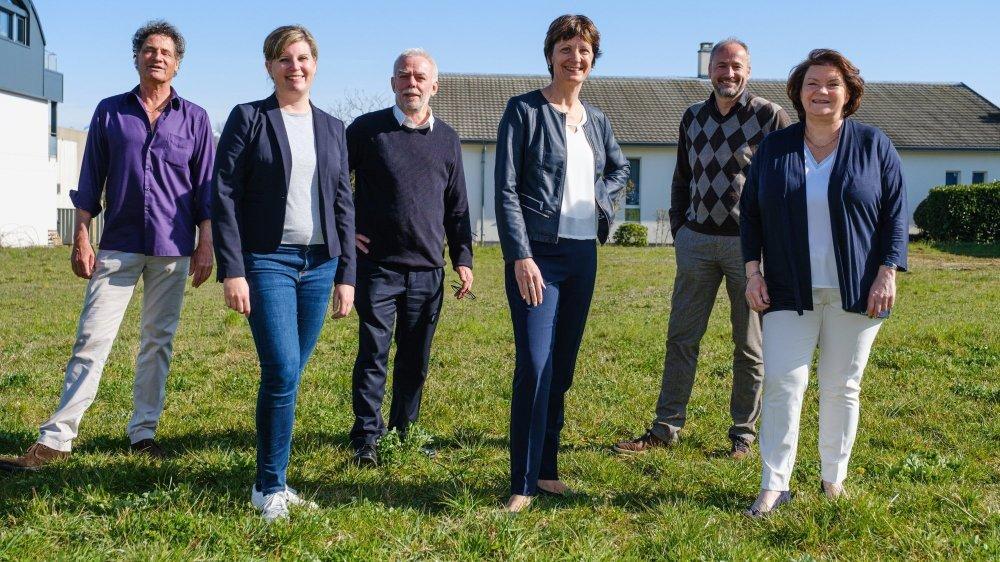 La nouvelle Municipalité de Gland: Thierry Genoud, Christelle Giraud, Gérald Cretegny, Christine Girod, Gilles Davoine et Jeannette Weber. Manque Isabelle Monney.