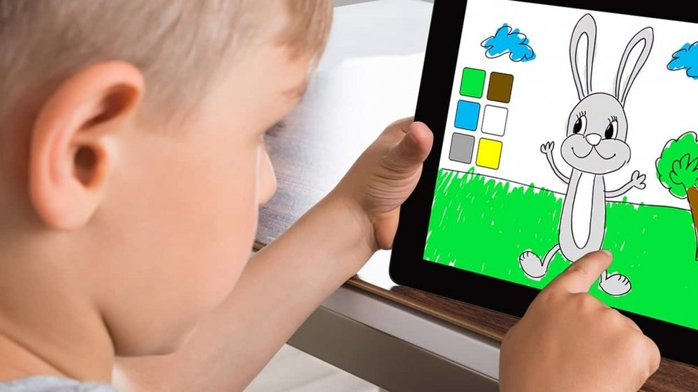 Les contenus numériques bien choisis aident les enfants à développer leur créativité.