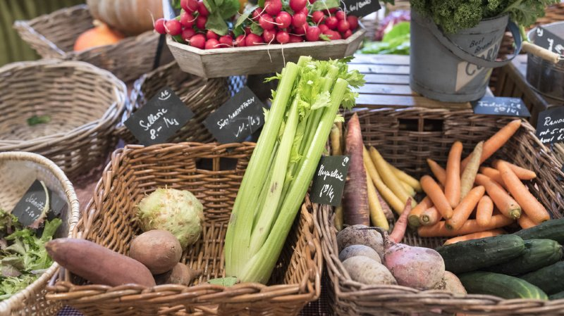 """93% des personnes sondées ont déclaré acheter """"dans la mesure du possible"""" des produits agricoles suisses."""