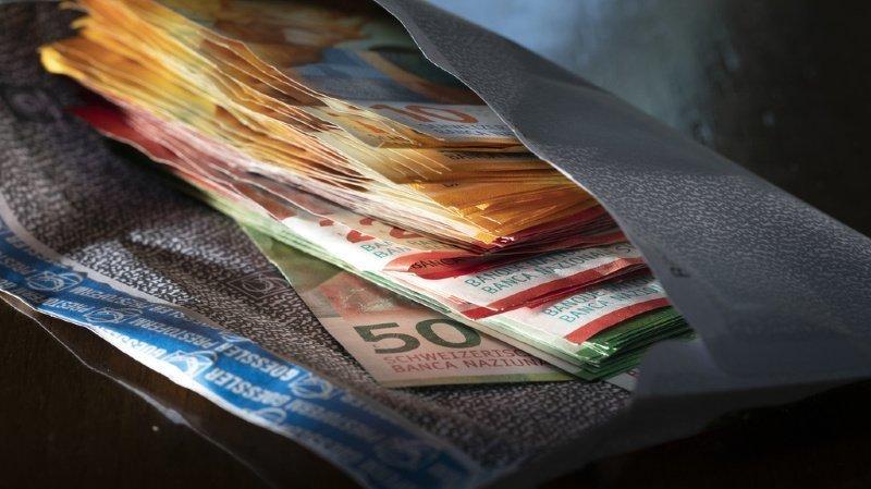 Les Suisses préfèrent encore payer en liquide