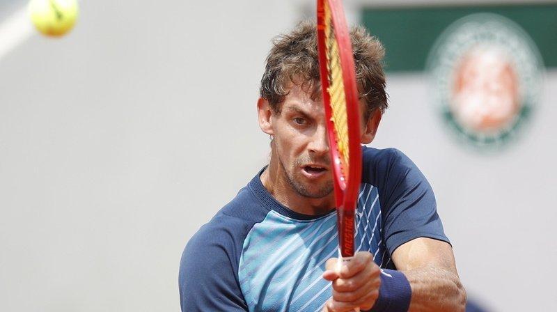 Henri Laaksonen en difficulté à Roland-Garros.