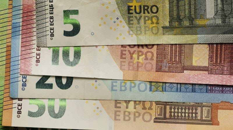 France: 85'000 euros découverts dans une tirelire, parmi des encombrants