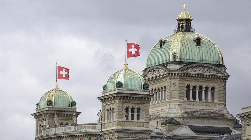 Alerte à la bombe de l'avion détourné en Bélarus: la Suisse dément