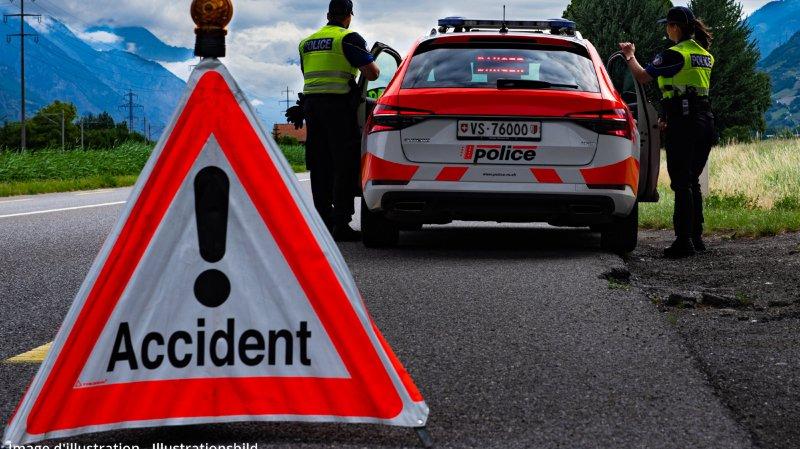 Accident de circulation: un motocycliste se tue en Valais
