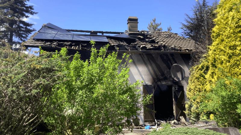 Le propriétaire n'a pas été blessé par l'incendie.