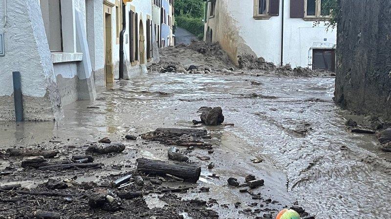 Neuchâtel: le village de Cressier dévasté par un torrent de boue