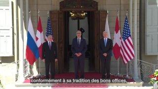 Biden et Poutine se sont serré la main sous le regard de Parmelin