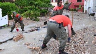 Orages: importantes inondations à Cressier (NE)