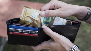 Les écarts salariaux se sont creusés durant la pandémie, selon Unia