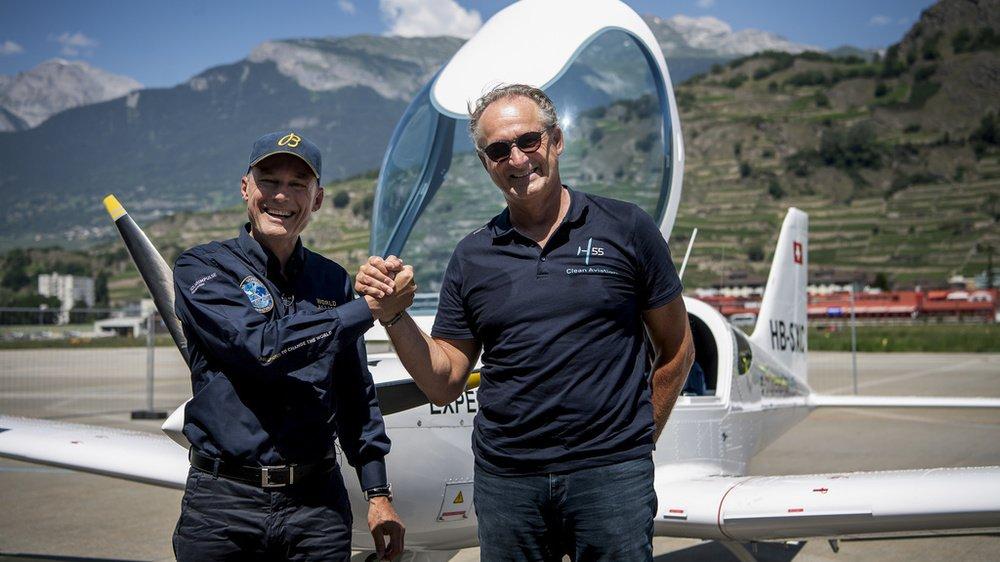 Cinq ans après avoir bouclé le tour du monde avec Solar Impulse, Bertrand Piccard et André Borschberg ont évoqué les enjeux liés à l'aviation propre, lundi à Sion.