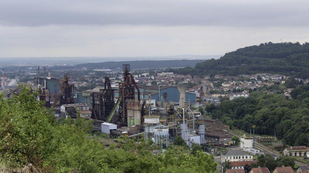 A Florange, la sidérurgie employait 25 000 salariés en 1975. Aujourd'hui, ils ne sont plus que 2000 sur le site.