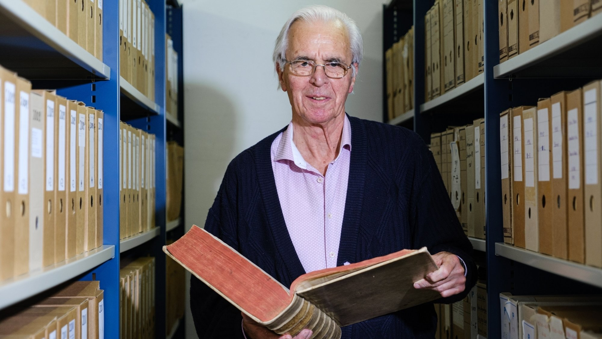 Jean-Pierre Humm s'est particulièrement impliqué aux archives communales de Prangins.