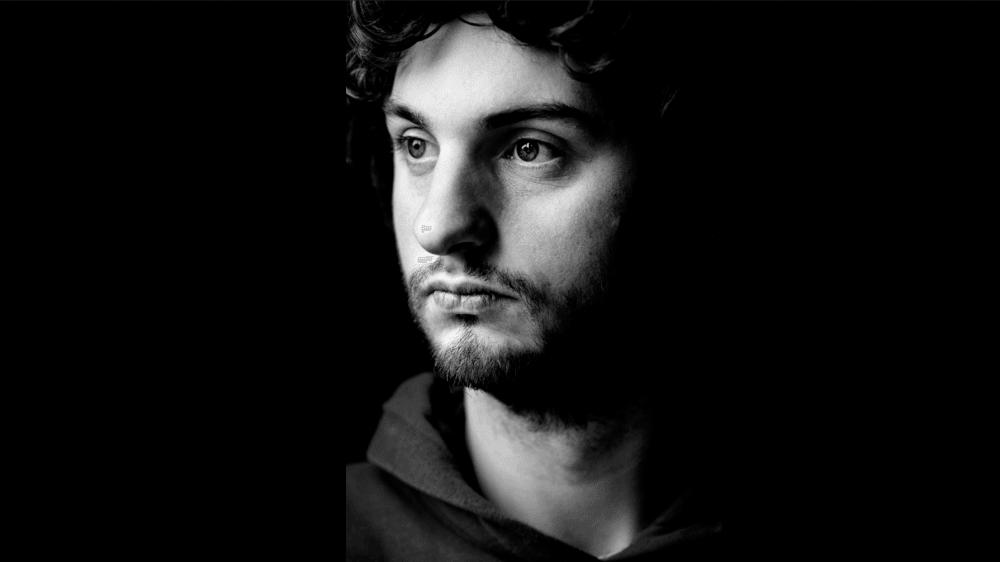 Le photographe et musicien Luca Solari a été subjugué par l'île frisonne de Schiermonnikoog. Des paysages et des portraits d'insulaires, ainsi que des textes littéraires sont à découvrir au château de Rolle, sur fond musical.