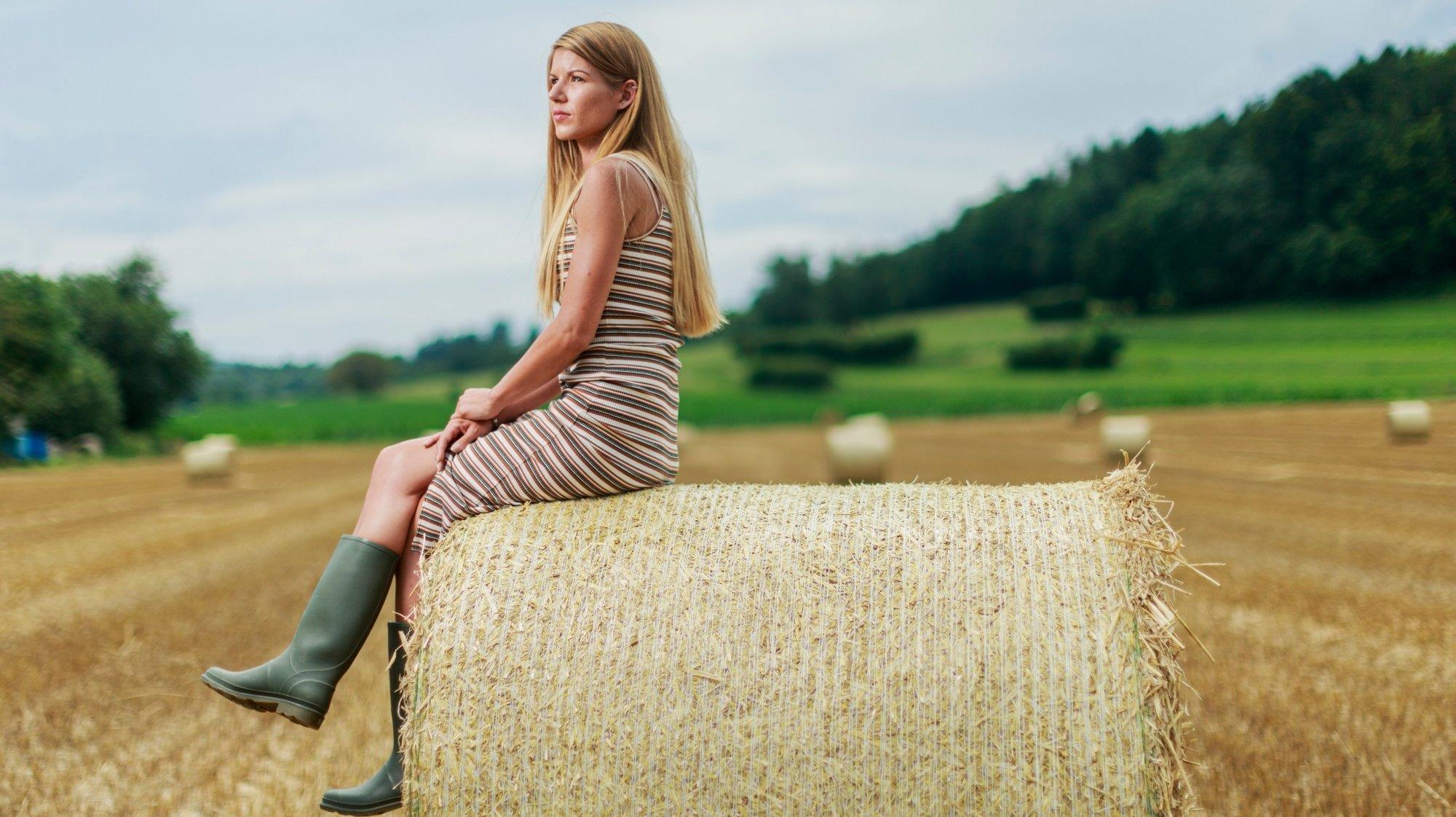 """Cinthia Olivier, alias """"Ashley, une youtubeuse à la découverte de la campagne"""",est née dans la région genevoise et dit avoir toujours éprouvé une passion pour le monde agricole."""