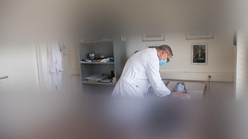 Coronavirus: patients de la troisième vague moins âgés et souvent en surpoids