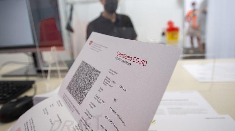 Pass sanitaire: les interrogations de certains guéris du Covid