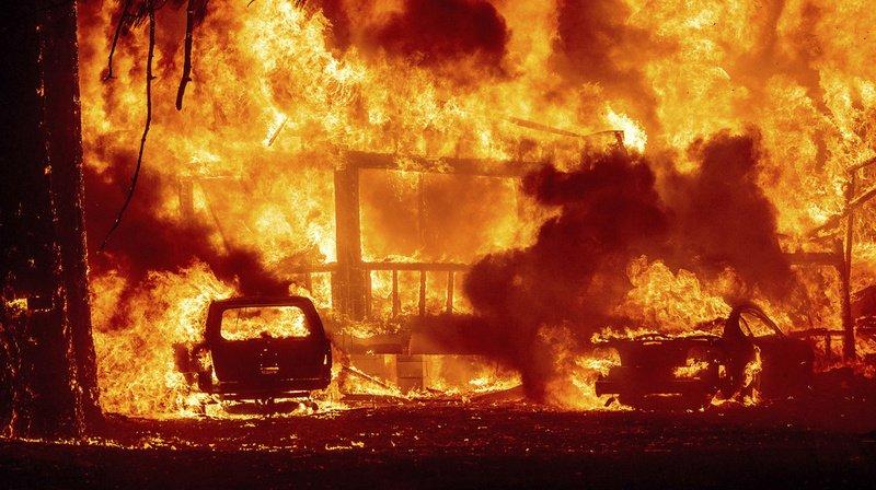 L'incendie Dixie Fire continue sa course folle en Californie