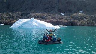 Au Groenland, le Glandois Arnaud Conne navigue parmi les baleines