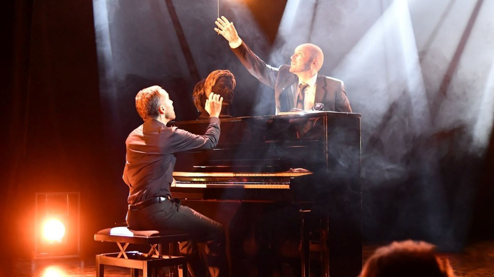 Les Monsieur Monsieur présentent leur nouveau spectacle Ni Brel Ni Barbara, à Begnins mercredi soir.