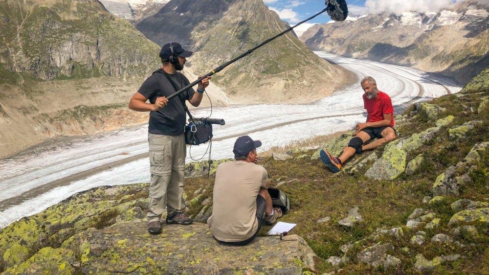 L'équipe d'Orca Productions a déjà consacré une vingtaine de journées au tournage de l'exploit du marcheur atteint de Parkinson, Yves Auberson, dont certains bien loin des sentiers carrossables.