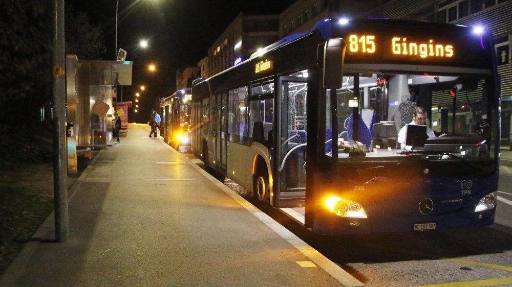 Depuis dix ans, de jour comme de nuit, les bus sont plus nombreux et plus remplis depuis une dizaine d'années dans le district de Nyon.