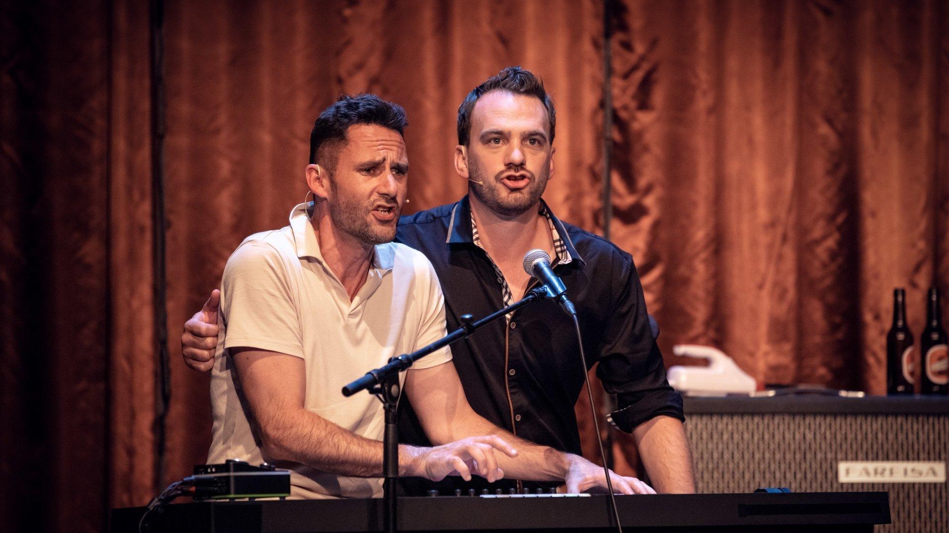 Christophe Auer (à gauche) et Vincent Veillon trouveront-il la formule du tube parfait?