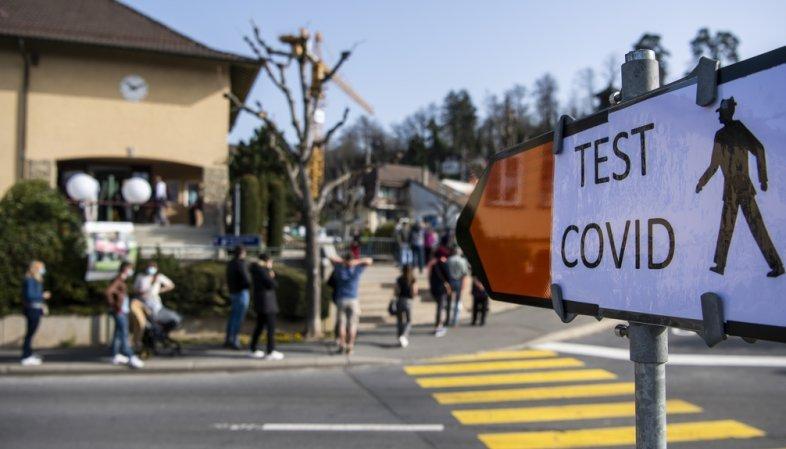 Coronavirus: la Suisse compte 3096 nouveaux cas en 72 heures pour 110'122 tests, 11 morts et 49 hospitalisations