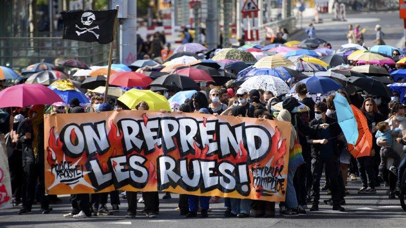 """""""La répression est de plus en plus dure. Ils cherchent à nous démotiver"""", a dit l'un des militants."""