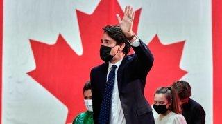 Canada: réélu, Trudeau promet un «avenir meilleur»