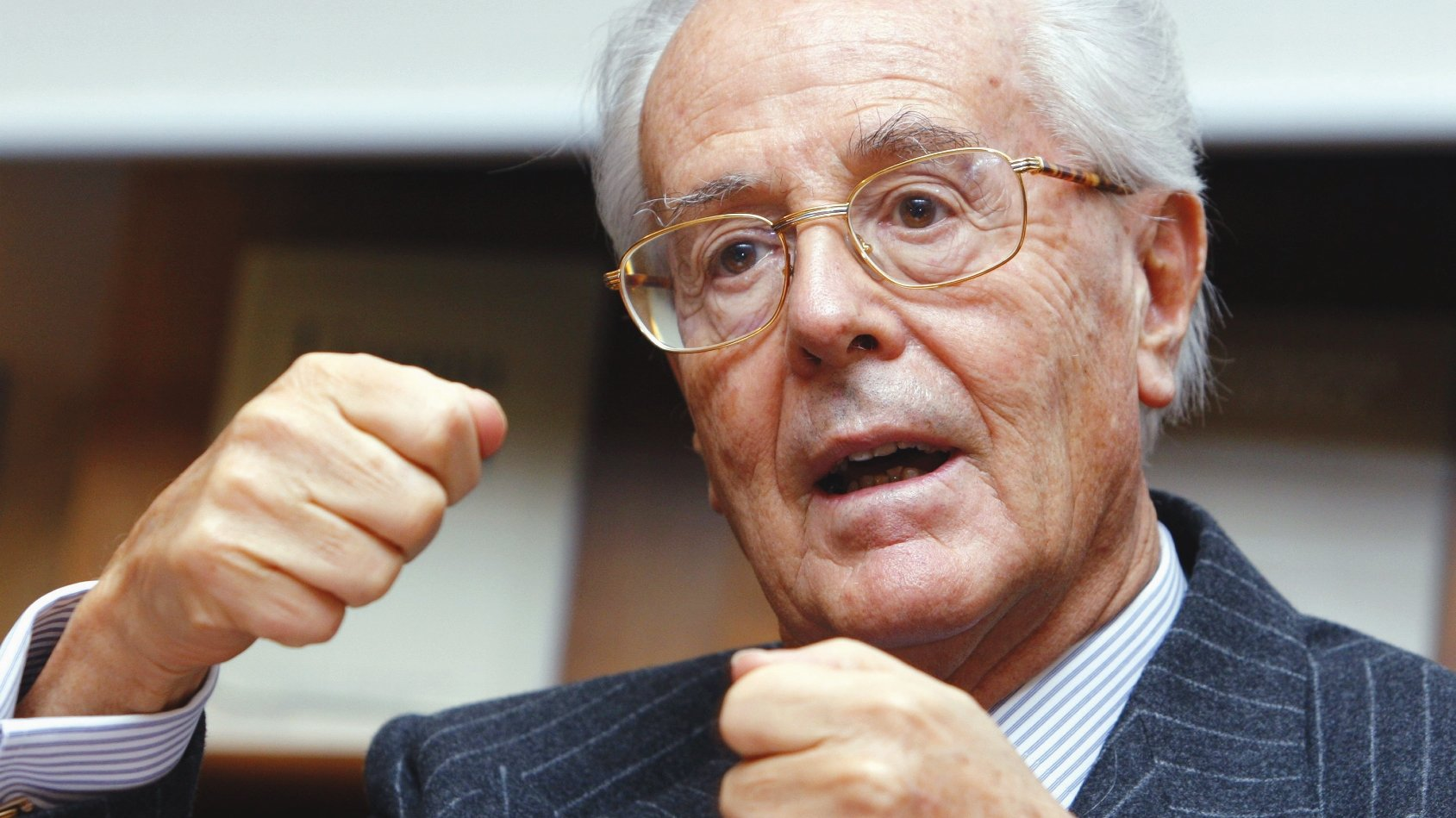 Le milliardaire Tito Tettamanti (ici photographié en 2007) est le président honoraire de Fidinam. Des personnalités publiques, dont une élue à l'exécutif de Lugano, siègent au comité d'administration.