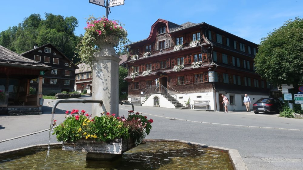 Schwarzenberg. Un adorable village, point de départ de nombreuses excursions.
