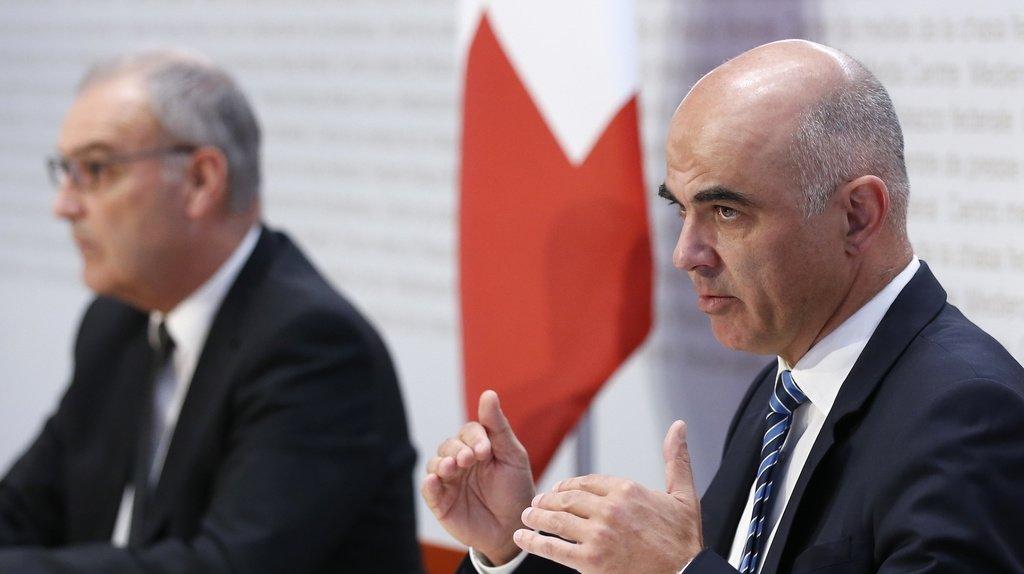 Coronavirus: Berne propose de prolonger les instruments anti-Covid en 2022