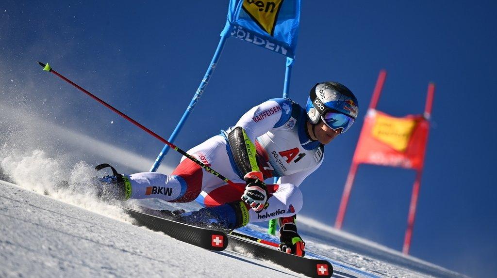 Ski alpin: Marco Odermatt remporte le géant de Sölden, Gino Caviezel 4e