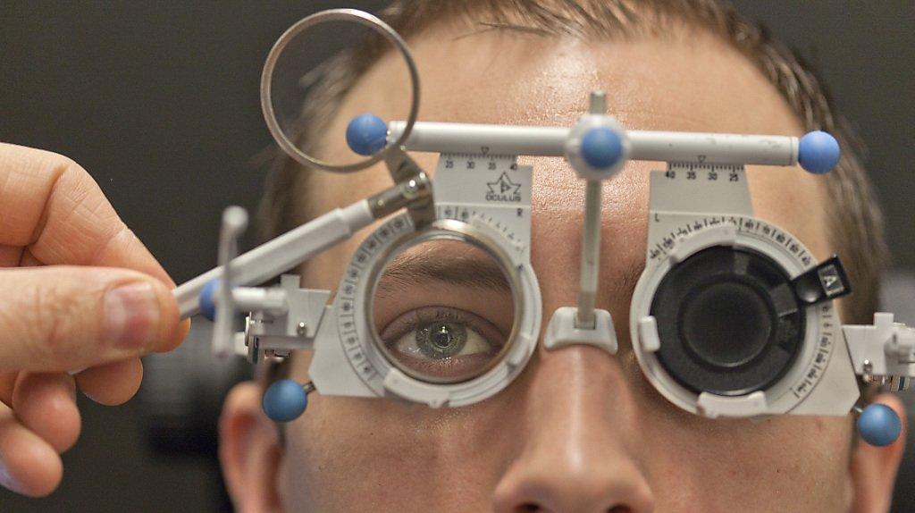 Santé: 4 Suisses sur 5 portent des lunettes ou des lentilles