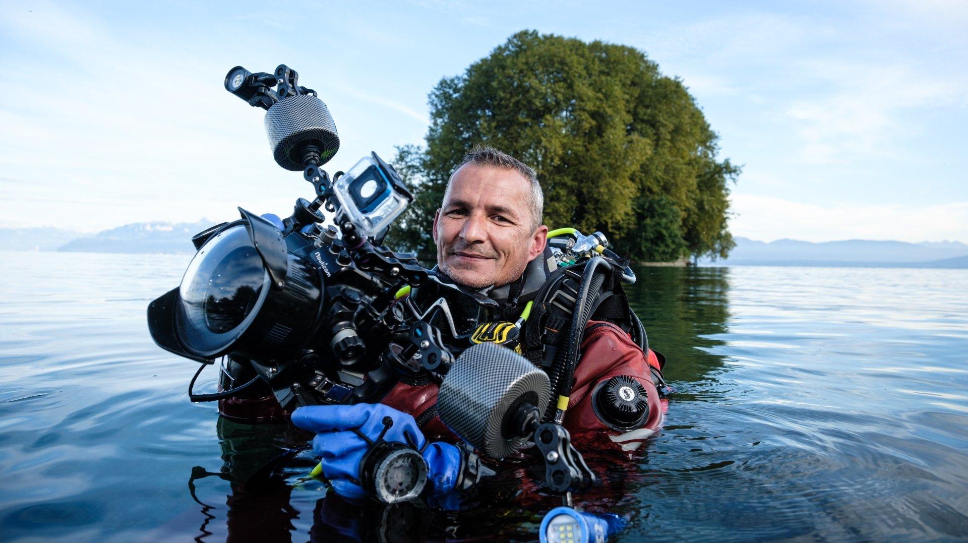 Aubonne: sous l'eau, il pêche des photos de rêve