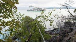 Gland: une importante érosion défigure le bord du lac