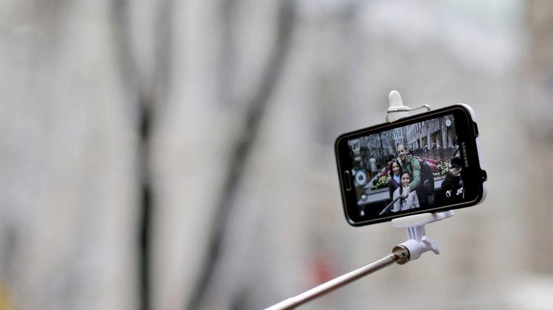 Un acte banal comme le selfie peut parfois devenir mortel.