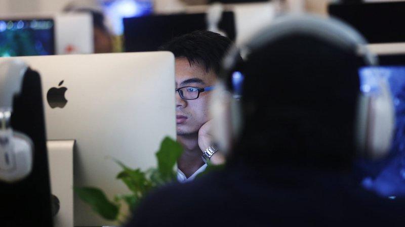 Près de 70% des jeunes sont connectés à Internet à travers le monde