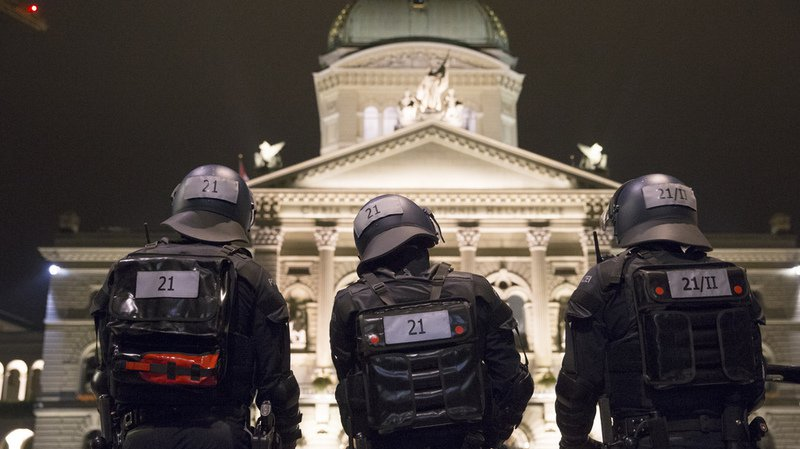 Alerte à Berne: le sac à dos suspect ne contenait finalement aucun objet dangereux