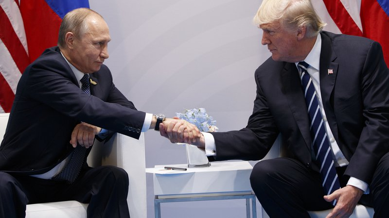 """G20: Trump-Poutine, une """"rencontre formidable"""""""