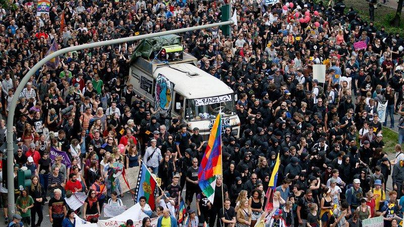 G20: 20'000 manifestants dans les rues de Hambourg
